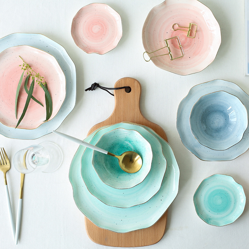 The best tableware set for dining table