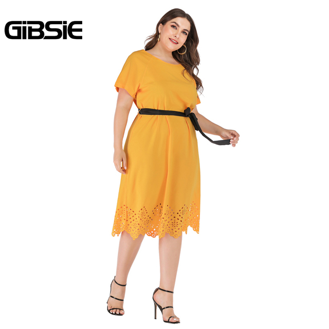 GIBSIE Plus Size Casual Solid Round Neck Short Sleeve Midi Dresses Summer Women Tunic Belted Hollow out Straight Dress 2