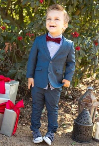Navy Blue Boys Tuxedo (Coat+Pants+Tie+Shirt) 4 Pieces Custom Made Smoking Casamento Evening Tuxedo Suit Boy clothing Подушка