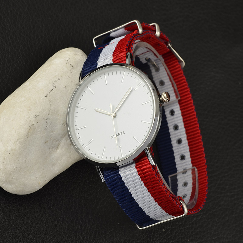 2019 New Casual and Fashion Quartz Watch with Multicolor Nylon Cloth Watchband Wristwatch Simple Designer Women Clock Orologio 4