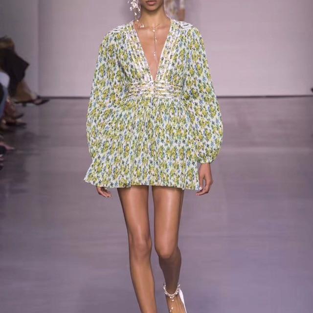 2018 automne/automne nouveau Style vert fleur imprimer femmes robe à manches longues Sexy col en v Vintage femme taille haute élégante Mini-robe