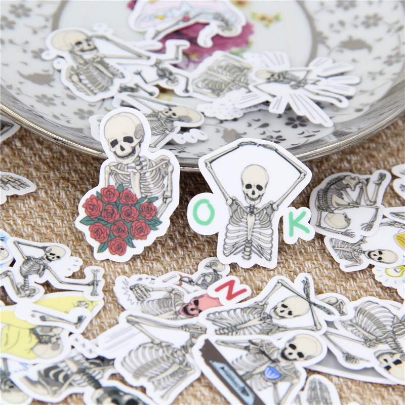 40 Pcs Funny Skull Expression Stickers For Fashion Laptop Snowboard Home Decor Car Styling Decal Fridge Doodle Kid Toy Sticker