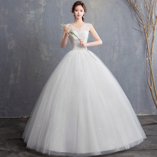 Cheap V neck cut out Wedding Dress 2019 Plus Size Lace Appliques Sleeveless Bride Ball Gown Dress Tulle Lace Up vestido de noiva plus size cut out lace trim camisole