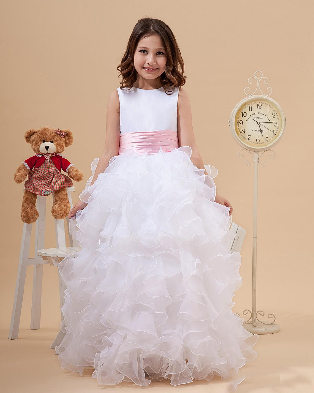 Flower Girls Dresses for Wedding Long Pretty Mother Daughter Dress Ball Gown Tulle Princess Girls Puffy Dresses Long White Dress
