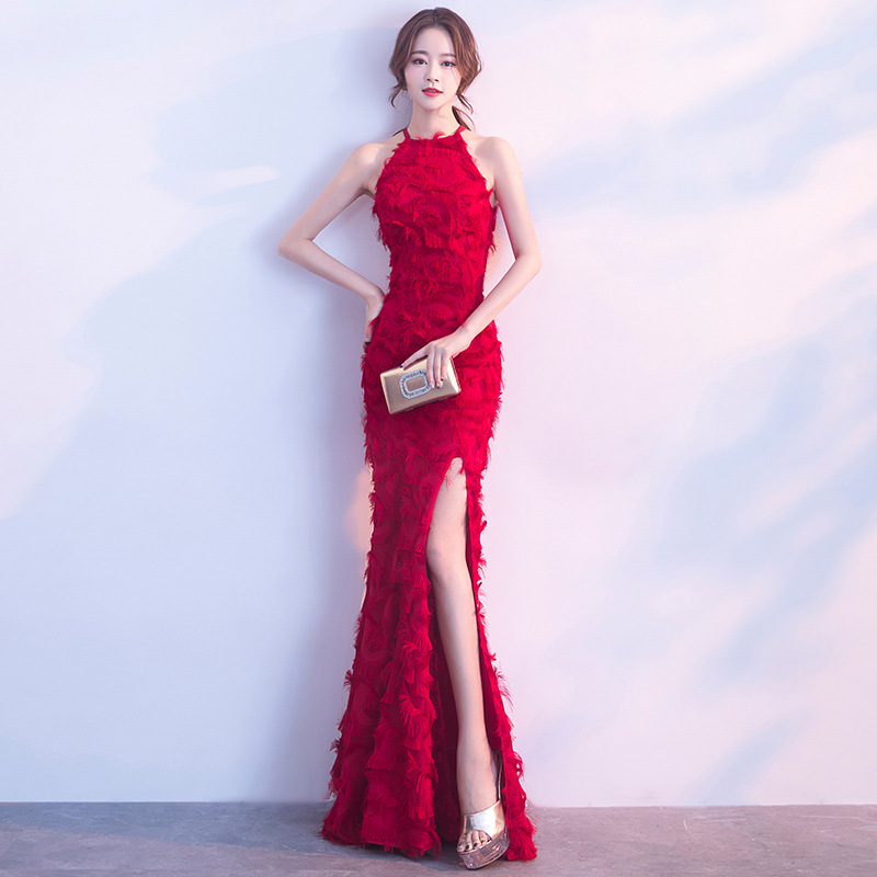 Long Hanging Neck Red Sleeveless Evening Dress Party Dresses Sexy Front Split Appliques Feather Formal Dresses Robe De Soiree