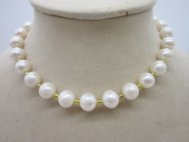 AAA+ 11-10 MM SOUTH SEA NATURAL WHITE PEARL NECKLACE 925silver YELLOW GOLD CLASP 18AAA+ 11-10 MM SOUTH SEA NATURAL WHITE PEARL NECKLACE 925silver YELLOW GOLD CLASP 18