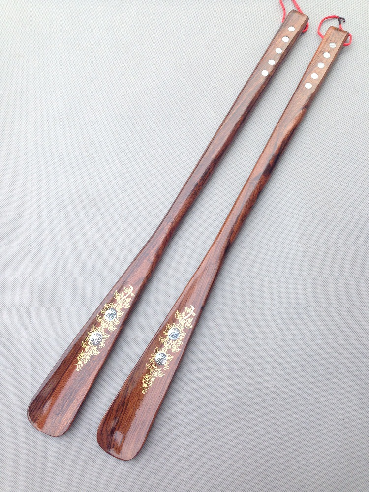 1PC 55CM Hot Wooden Shoe Horn Vietnam mahogany Professional Wooden Long Handle Shoe Horn Lifter Shoehorn Wood Craft OK 0642-1