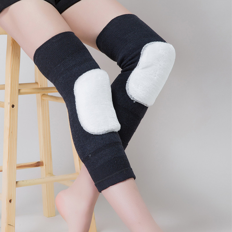 Knee warm and wool cashmere wool and thickening long leg warmers in the fall and winter of an old product knee joints cashmere knee warm old product joints cold wool winter spontaneous hot upset elderly men and women lengthen your knees