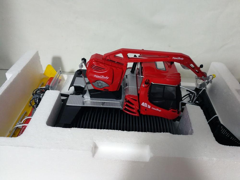 1:32 Pistenbully PB 400 с лебедкой Neige грумер игрушка