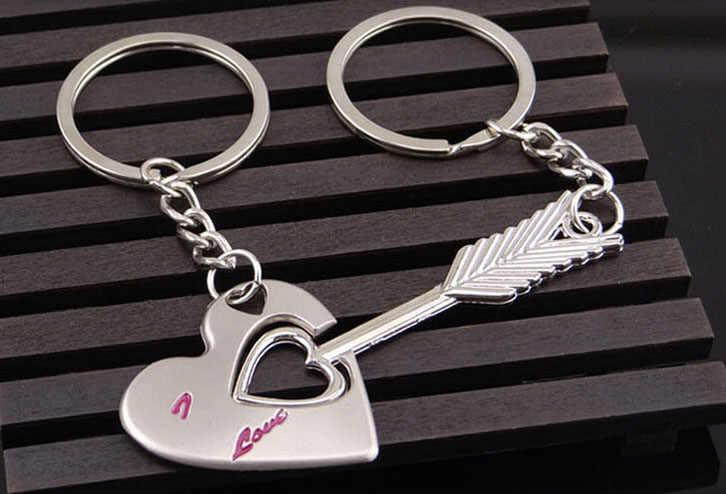 Оригинальный подарок к Рождеству металлический брелок Стрелка & Я подвеска в форме сердца пара ключей цепной брелок для влюбленных День Святого Валентина 2019