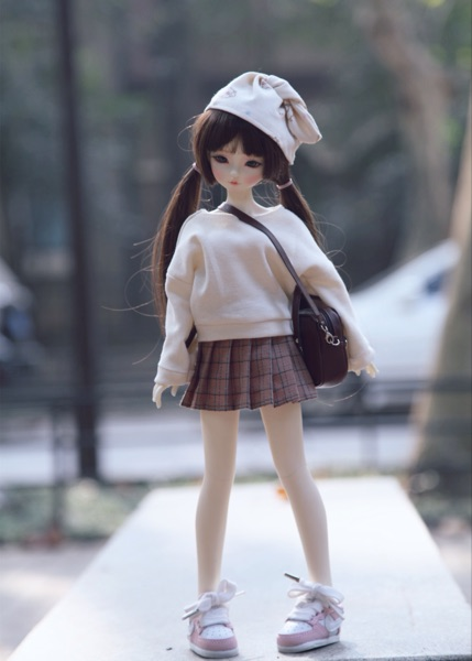 Free shipping 1/4 1/6 bjd doll clothes bjd doll sweater + pleated skirt bjd fashion doll dress uncle 1 3 1 4 1 6 doll accessories for bjd sd bjd eyelashes for doll 1 pair tx 03