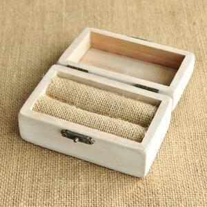 Image 5 - Spersonalizowane pudełko ślubne Retro białe rustykalne pierścień box pudełko na okaziciela pudełko na pierścionek zaręczynowy niestandardowe nazwy i data