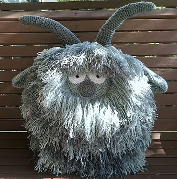 ФОТО Grey Goat Crochet Pillow  for baby use, decorate home