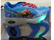 NOUVEAU Enfants Roues Chaussures Avec LED Lumineux Patins à roulettes Mode Enfants Sneakers Garçon et Filles de Bande Dessinée Rouleau Chaussures