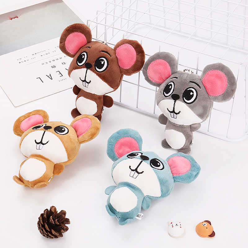 Crib Mobiles Bag Charms Animal Doll Keychain Plush Mouse Key Holders Rings Kawaii Mini Cartoon Baby Rattles Sensory Soft Toys