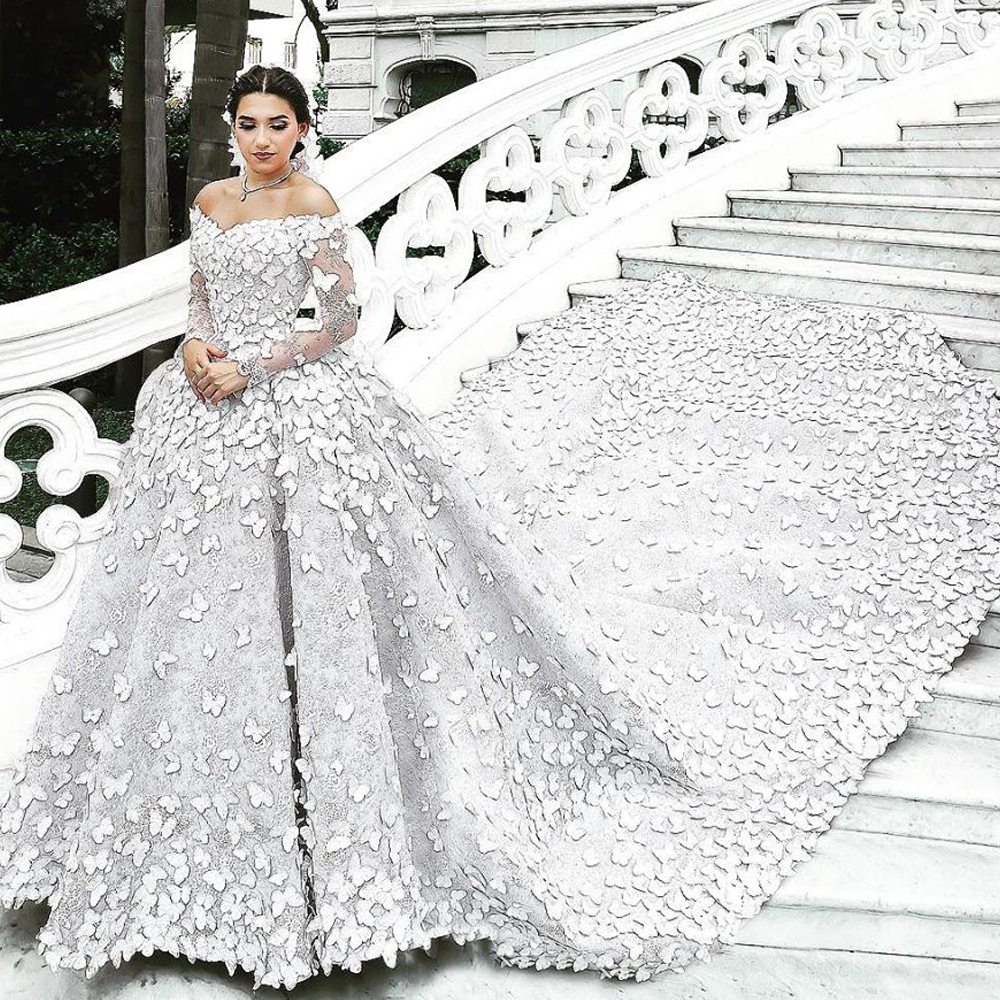 Luxury Wedding Dresses Ball Gown Butterfly Lace Appliques Off The Shoulder Puffy Chapel Train Lace Bridal Dresses 2019