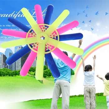 New Five Leaves Boomerang Outdoor Fun Toy Sport Park Throw Special Flying Toy