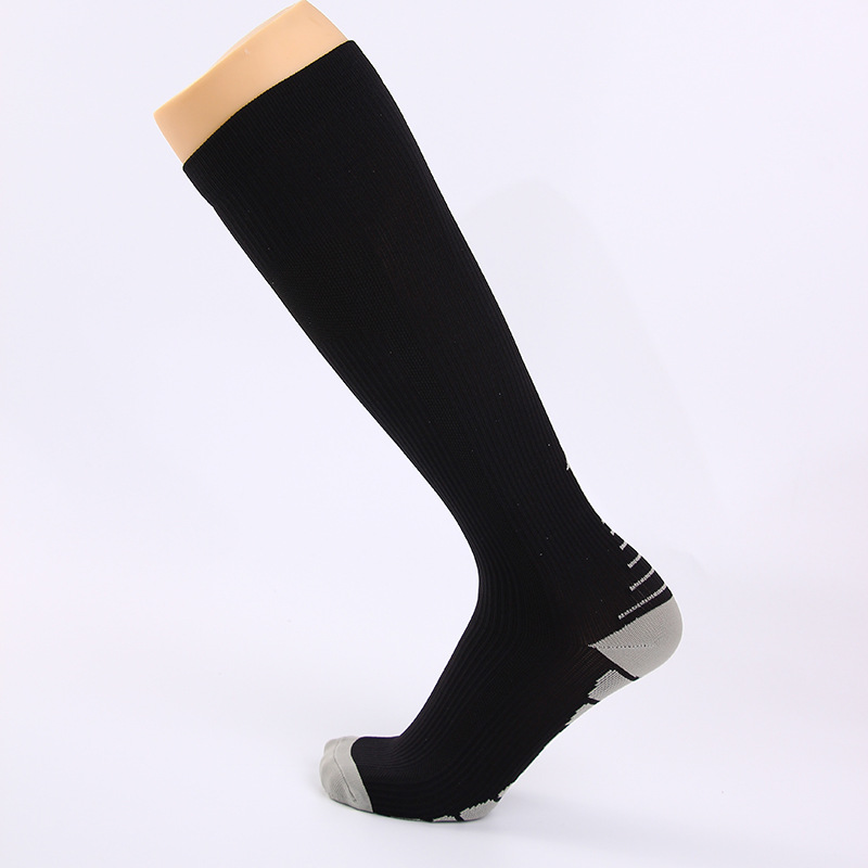New 8 Color High Quality Compression Men Women Sport Running Socks Long Knee Football Soccer Socks Performance Cycling Socks