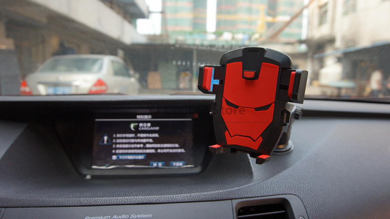 Car Phone Holder Smartphone Accessories Mount Stand Auto Dashboard Suction Cup Windshield Glass Iron Man dashboard
