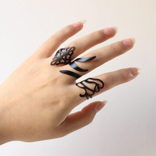 Set of 3 Dried Leaves Inspired Black Rings