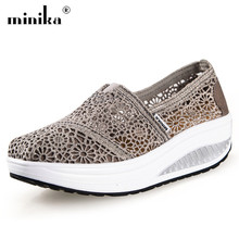 2019 Mesh Summer Casual Flat Shoes Woman Ladies Light Breathable Trainers Shake Platform Sneakers Women Shoes zapatos mujer