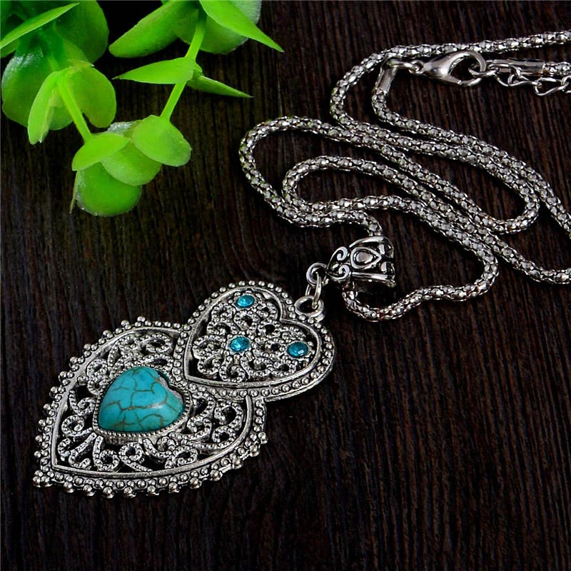 QCOOLJLY 2019 Bohemian Double Hearts Shape Alluring Pendant Natural Stone Female Sweater Necklace Wholesale