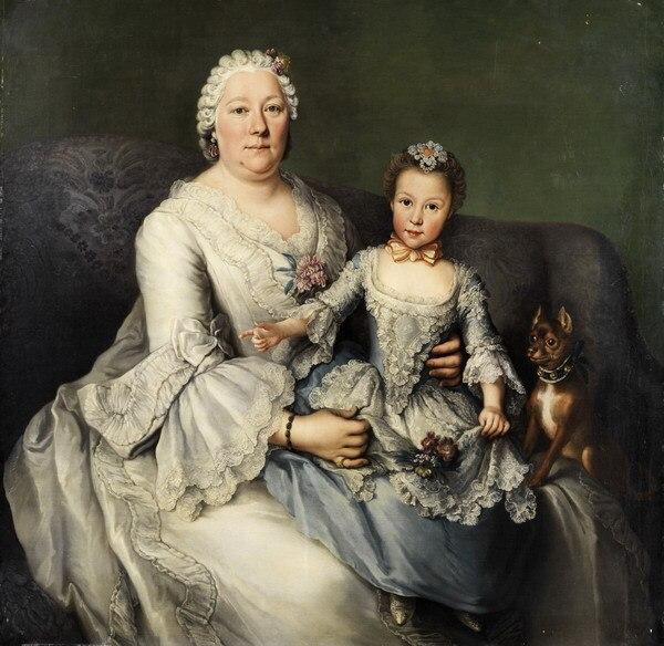 Family nude portrait — img 2