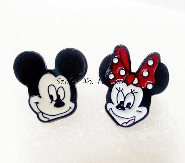 f8463c588ef1 Nueva 1 pares de dibujos animados Mickey Minnie historieta de los pendientes  de la muchacha embroma los regalos encantadores M 30 en Stud Pendientes de  ...