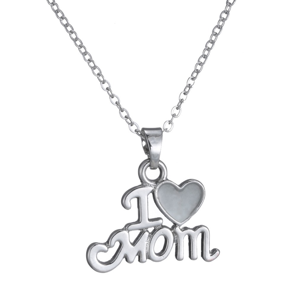 Fashion Letters Noctilucent Necklace I Love You Mom Gift Silver Gold Engraved Letter Heart Pendants Statement Choker In Pendant Necklaces From