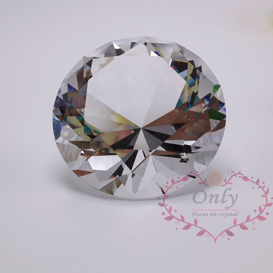 Gratis frakt 60mm Perfect Gem Cutting Crystal Glass Diamond Gemstone Heminredning Tillbehör