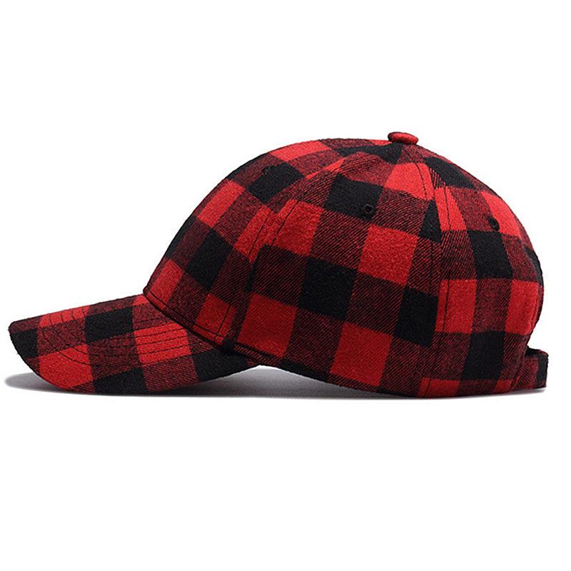 Wuke marca 2017 nuevas gorras de béisbol para mujer para hombre de moda Red  Plaid Strapback sombreros ajustar Unisex algodón gorra Bone Aba Curva 2018  nuevo ... d20d415d578