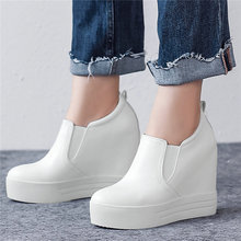 Med Top Tennis Shoes Women Cow Leather Wedge Super High Heel Pumps Party Platform Oxfords Shoes Round Toe Trainers Punk Creepers high colors women s lace up creepers oxford high heel pearl platform shoes white round toe flock patchwork wedge platform heels