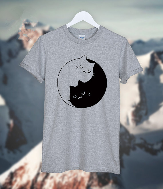 Hillbilly 2017 Kvinnor YinYang Katt Utskrifts-T-shirt Kvinnor Kortärmad Vit O Nacke 100% Cotton Tshirts Homme Ladies Friend Gift