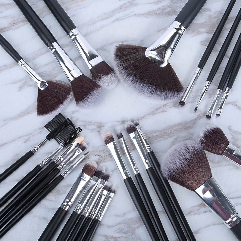 24 Pcs Litchi Pattern Makeup Brushes Set Blusher Eye Shadow Brow Lip Powder Foundation Make Up Brush Kit Beauty Essentials