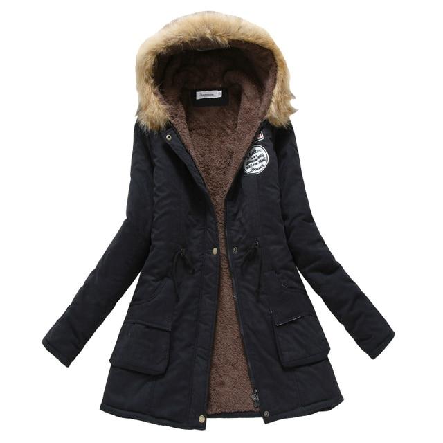 Manteau d'hiver Femmes 2017 Nouvelle Parka Casual Outwear Militaire À Capuchon Épaississement Coton Manteau D'hiver Veste De Fourrure Manteau Femmes ClothesCC001