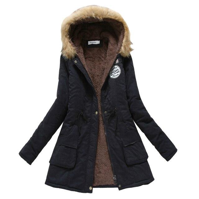 Mulheres Casaco de inverno 2017 Novo Casaco Casuais Outwear Militar Com Capuz Espessamento Jaqueta de Algodão Casaco de Inverno Casaco De Pele Das Mulheres ClothesCC001