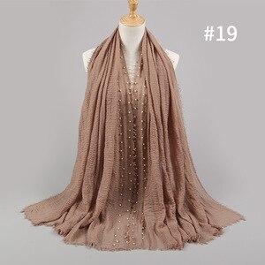 Image 4 - Bufanda Lisa Hijab de algodón con perlas clavadas para mujer, pañuelo para la cabeza con flecos, pañuelos musulmanes/bufanda de gran tamaño