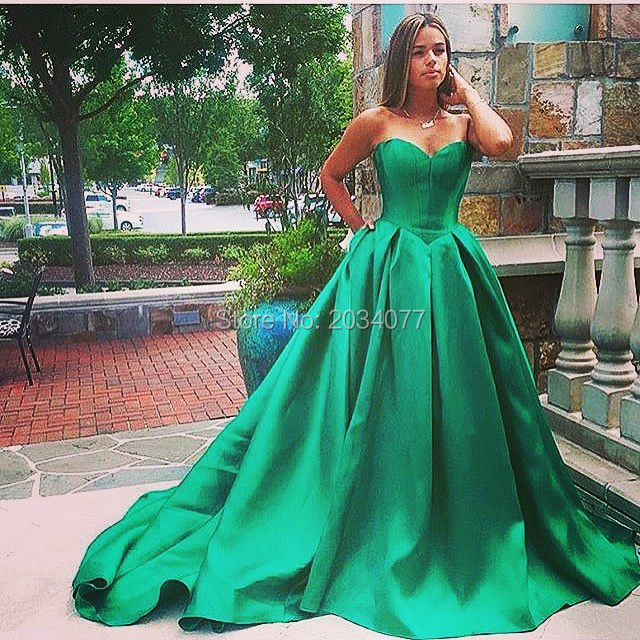 Emerald Green Evening Dress Plus Size Simple Puffy Evening