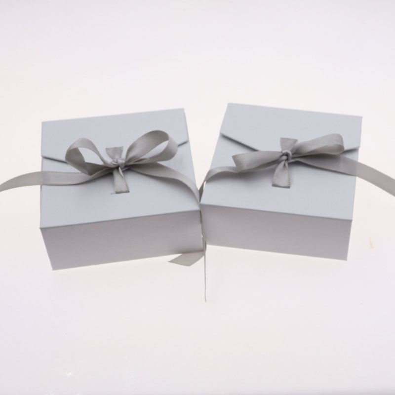 Online Shop 100pcs Delicate Bow Jewelry Display And Packaging Ring