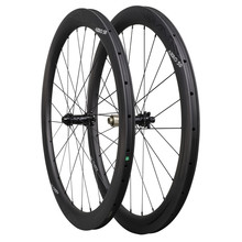 цены 700C carbon aero disc brake wheels 50mm clincher cyclocross wheelset with Novatec straight pull hub Sapim spokes 12x100/12x142
