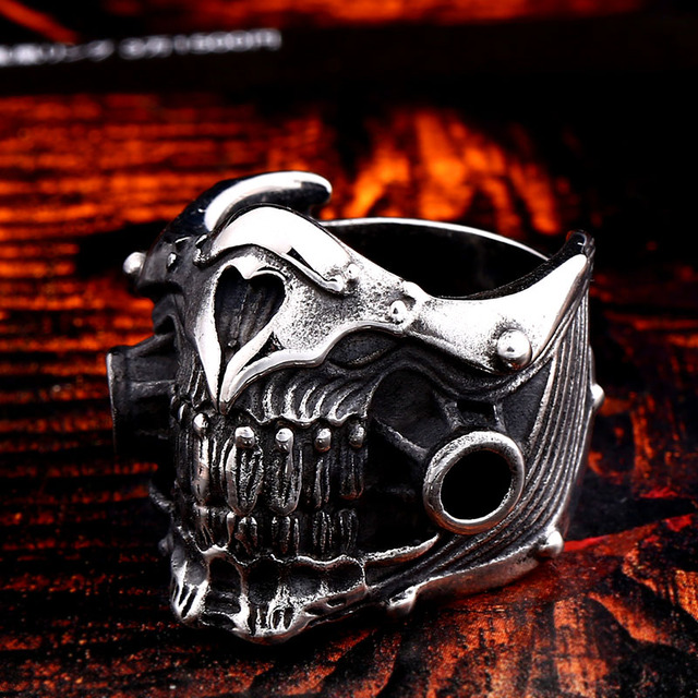 STAINLESS STEEL MAD MAX MASK SKULL RING