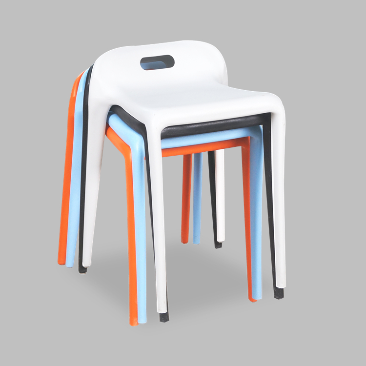 Simple fashion plastic  dining chairs. Multiple colors can be selected.Free shipping to multiple countries. r peters gift to be simple