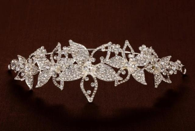 Crystal Wedding Tiara Headband Hair Accessories Bridal Headwear Hair Jewelry Rhinestone Headpiece Hair Ornament WIGO0376