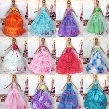 NK 11 Items =5 Pcs Mix Style Wedding Dress Princess Gown+ 6 Pcs Fashion Plastic Chain Necklace For Barbie Doll best Child' Gift