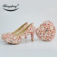 BaoYaFang Новое поступление красный и крем Перл Для женщин свадебные туфли с Сумочки в комплекте женские Модная обувь на платформе высокие туфл