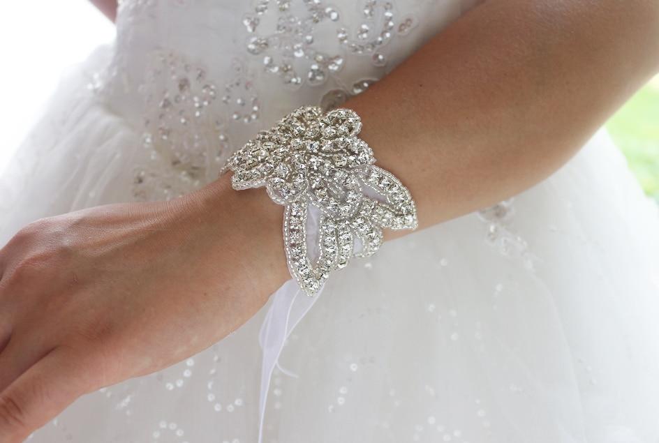 Us 18 0 Custom Crystal Beaded Bridal Bracelet Accessories Wedding Cuff Wrist Flower Bridesmaid Bracelets On Aliexpress