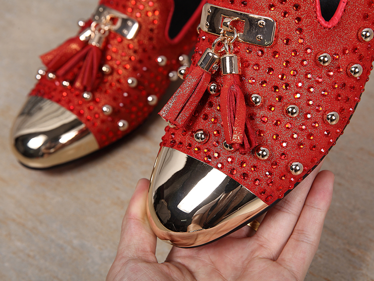 New red men shoe tassel crystal men wedding and party loafers gold metallic  men dress shoes men s flat-in Formal Shoes from Shoes on Aliexpress.com ... 4dd2cbaf7c62