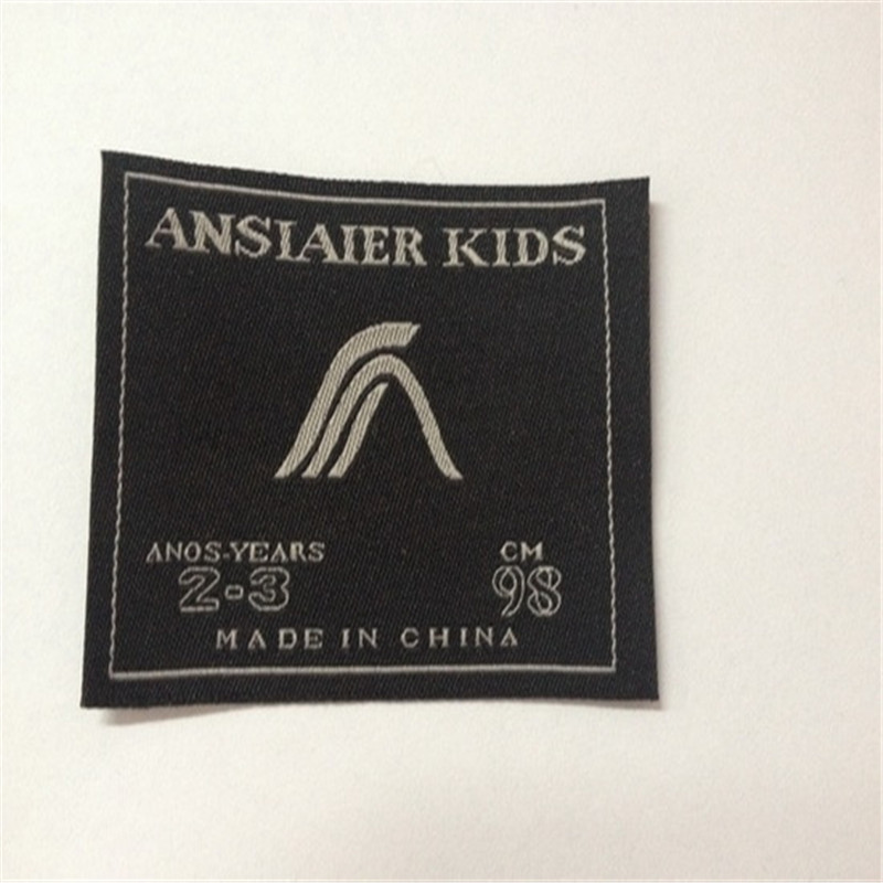 Custom 5.6*8cm Woven Label High Density Clothing Labels