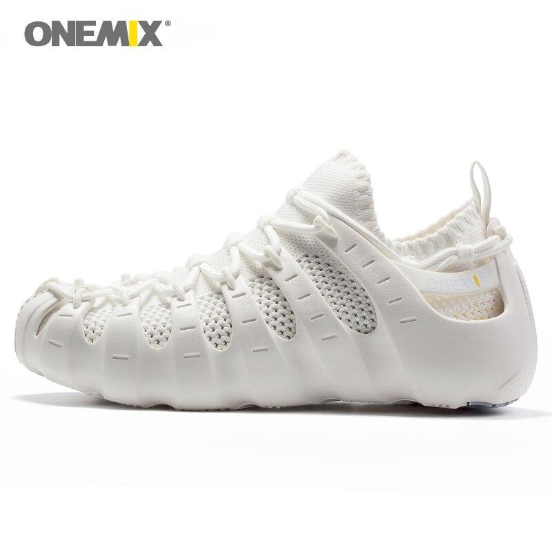 ONEMIX 2019 hommes femmes lumière en plein air marche chaussures en caoutchouc souple semelle extérieure décontracté multifonction respirant chaussures de course à séchage rapide chaussettes