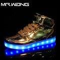 Homens marca lanterna Sliver7 Cores luminosas sapatos de alta Top Sapatos de Ouro homens recarregável USB luz LED brilho DD-62